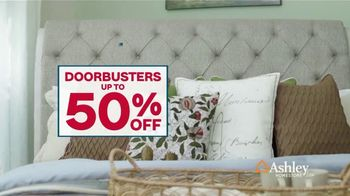 Ashley HomeStore Presidents Day Sale TV Spot, 'Doorbusters: Reclining Sofa and Dining Set' - Thumbnail 3