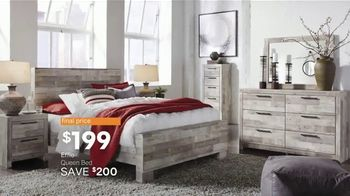 Ashley HomeStore Presidents Day Sale TV Spot, 'Doorbusters: Reclining Sofa and Dining Set' - Thumbnail 7