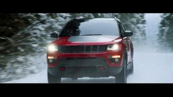 Jeep TV Spot, 'Head Out There' Song by Carrollton [T1] - Thumbnail 10