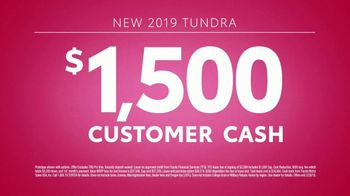 Toyota Sweetheart Deals Sales Event TV Spot, 'Make Moves' [T2] - Thumbnail 6