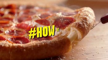 Hungry Howie's Heart-Shaped Pizza TV Spot, 'Valentine's Day' Song by Montell Jordan - Thumbnail 2