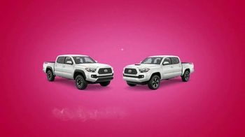 Toyota Tango Time Sales Event TV Spot, 'Swing In: Tacoma' [T2] - Thumbnail 6
