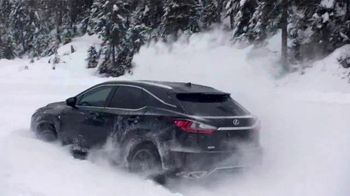 2019 Lexus RX 350 TV Spot, 'No Need to Escape the Winter' Song by Sol K Bright & His Hollywaiians [T2] - Thumbnail 3