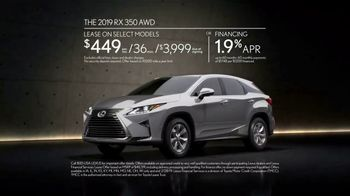 2019 Lexus RX 350 TV Spot, 'No Need to Escape the Winter' Song by Sol K Bright & His Hollywaiians [T2] - Thumbnail 7