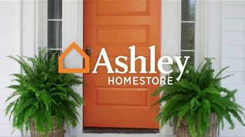 Ashley HomeStore Presidents Day Sale TV Spot, 'Amazing Doorbusters: Sofa and Bed' - Thumbnail 1