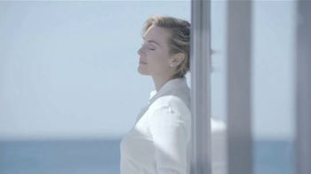 Lancôme Paris Advanced Génifique TV Spot, 'Ama tu edad' con Kate Winslet [Spanish] - Thumbnail 3