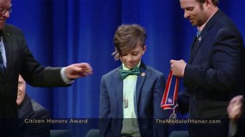 Congressional Medal of Honor Foundation TV Spot, 'Citizen Heroes' - Thumbnail 6