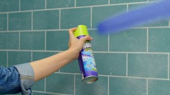 Kaboom Foam-Tastic Bathroom Cleaner with Oxiclean TV Spot, 'Shower Dance' - Thumbnail 3