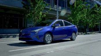 2018 Toyota Prius TV Spot, 'Live With Innovation' [T2] - Thumbnail 3