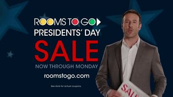 Rooms to Go Presidents Day Sale TV Spot, 'Newspaper Insert' - Thumbnail 10