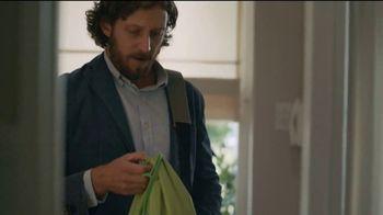 Gain Flings! TV Spot, 'Los González' [Spanish] - Thumbnail 3