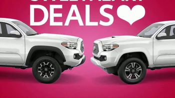 Toyota Sweetheart Deals Sales Event TV Spot, 'Swing In: Tacoma and 4Runner' [T2] - Thumbnail 2