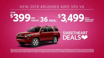 Toyota Sweetheart Deals Sales Event TV Spot, 'Swing In: Tacoma and 4Runner' [T2] - Thumbnail 8