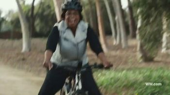 WW Freestyle TV Spot, '2019 Optimized: First Month Free' Featuring Oprah Winfrey - Thumbnail 8