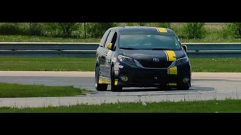 Toyota Toyotally Sales Event TV Spot, 'Racing' [T2] - Thumbnail 7