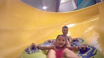 Great Wolf Lodge TV Spot, 'Not Just Mom: 30 Percent Off' - Thumbnail 7