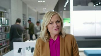 XFINITY Mobile TV Spot, 'Pulling My Leg' Featuring Amy Poehler - Thumbnail 2