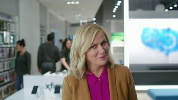XFINITY Mobile TV Spot, 'Pulling My Leg' Featuring Amy Poehler - Thumbnail 5