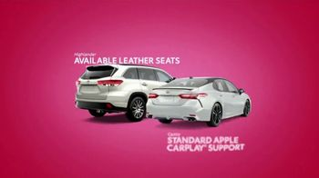 Toyota Tango Time Sales Event TV Spot, 'Swing In: Camry and Highlander' [T2] - Thumbnail 3