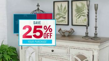 Ashley HomeStore Presidents Day Sale TV Spot, 'Save 25 Percent' Song by Midnight Riot - Thumbnail 4
