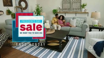 Ashley HomeStore Presidents Day Sale TV Spot, 'Save 25 Percent' Song by Midnight Riot - Thumbnail 8