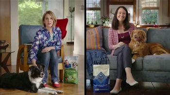 Blue Buffalo Life Protection Formula TV Spot, 'Blue Buffalo vs. Dog Chow' - 2841 commercial airings