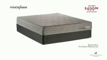 American Signature Furniture Presidents Day Mattress Sale TV Spot, 'Miracle Foam Set' - Thumbnail 6
