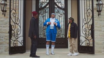 Capital One TV Spot, 'NCAA: Chuxedo' Featuring Charles Barkley, Samuel L. Jackson, Spike Lee, Jim Nantz - Thumbnail 2