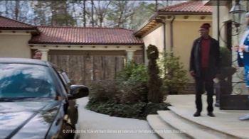 Capital One TV Spot, 'NCAA: Chuxedo' Featuring Charles Barkley, Samuel L. Jackson, Spike Lee, Jim Nantz - Thumbnail 7