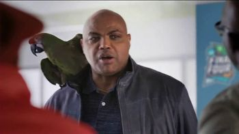 Capital One March Madness TV Spot, 'Bracket Buddy' Featuring Larry Bird, Charles Barkley - Thumbnail 3