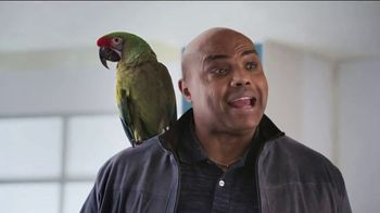 Capital One March Madness TV Spot, 'Bracket Buddy' Featuring Larry Bird, Charles Barkley - Thumbnail 4