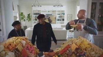 Capital One TV Spot, 'NCAA: Final Fourgasboard' Featuring Samuel L. Jackson, Charles Barkley - Thumbnail 1