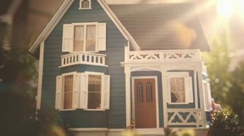 Regions Bank TV Spot, 'What Makes a House a Home' - Thumbnail 1