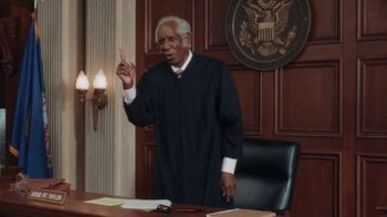 Little Caesars Bacon Wrapped DEEP!DEEP! Dish Pizza TV Spot, 'Litigation' - Thumbnail 6
