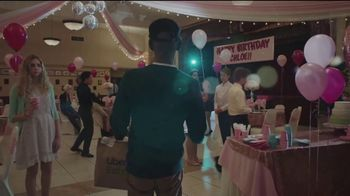 Uber Eats TV Spot, 'Sweet Sixteen' - Thumbnail 8