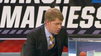 AT&T Wireless TV Spot, 'NCAA March Madness: Inkstradamus' - Thumbnail 7