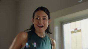 Peloton TV Spot, 'Workout at Home' Song by Phantogram - Thumbnail 6
