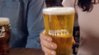 Outback Steakhouse Walkabout Wednesday TV Spot, 'For Steak and Beer: $10.99' - Thumbnail 6