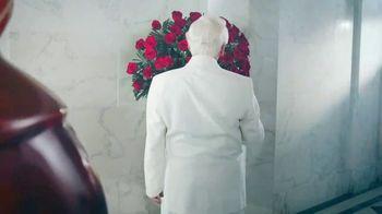 KFC Chicken & Waffles TV Spot, 'La unión más deliciosa está de vuelta' canción de Jennifer Rush [Spanish] - Thumbnail 1