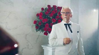 KFC Chicken & Waffles TV Spot, 'La unión más deliciosa está de vuelta' canción de Jennifer Rush [Spanish] - Thumbnail 4