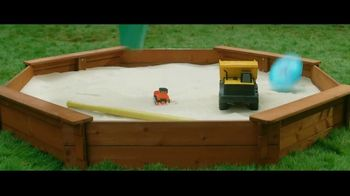 Spectracide Weed Stop For Lawns TV Spot, 'Spring Cleaning' - Thumbnail 4