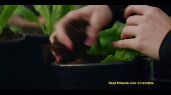 Miracle-Gro Performance Organics TV Spot, 'Finally, Organics That Work' - Thumbnail 1