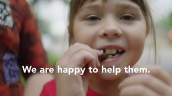 Hershey's TV Spot, 'Heartwarming the World: Ahmad and Mustafa' Song by Roger Hodgson - Thumbnail 7