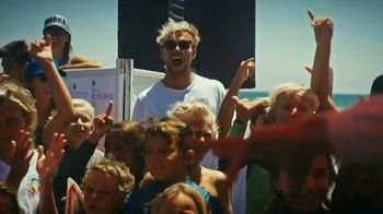 Hydro Flask TV Spot, 'World Surf League: Energy and Joy' Featuring Patrick Gudauskas - Thumbnail 8