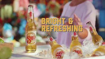 Cerveza Sol TV Spot, 'Dancing' - Thumbnail 5