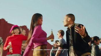 Cerveza Sol TV Spot, 'Dancing' - Thumbnail 6