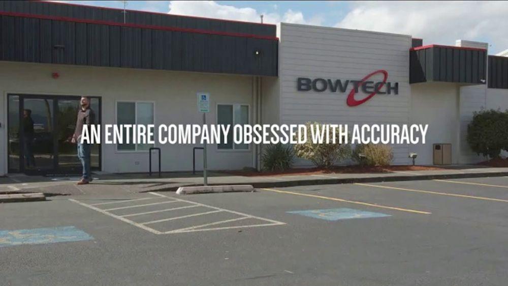Bowtech Archery TV Commercial, 'Paperboy' - Video