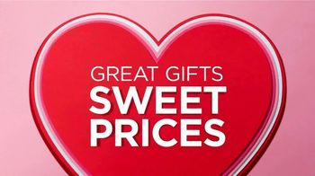 JCPenney Valentine's Day Sale TV Spot, 'More to Love' Song by Redbone - Thumbnail 10