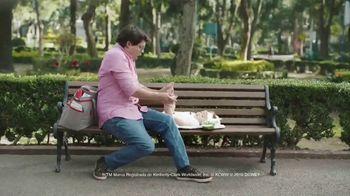 Huggies Natural Care Wipes TV Spot, 'Se adapta a los cambios improvisados' [Spanish]