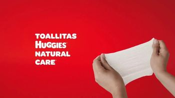 Huggies Natural Care Wipes TV Spot, 'Se adapta a los cambios improvisados' [Spanish] - Thumbnail 8